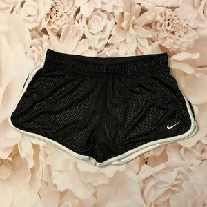 Nike Dri-Fit Women's Small Mesh Jogger Shorts